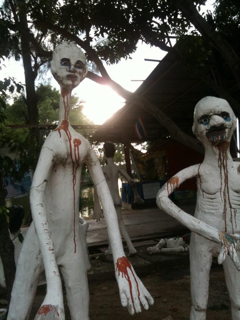 Tour-Through-Buddhist-Hell - Suphanburi-Hell-Temple-35
