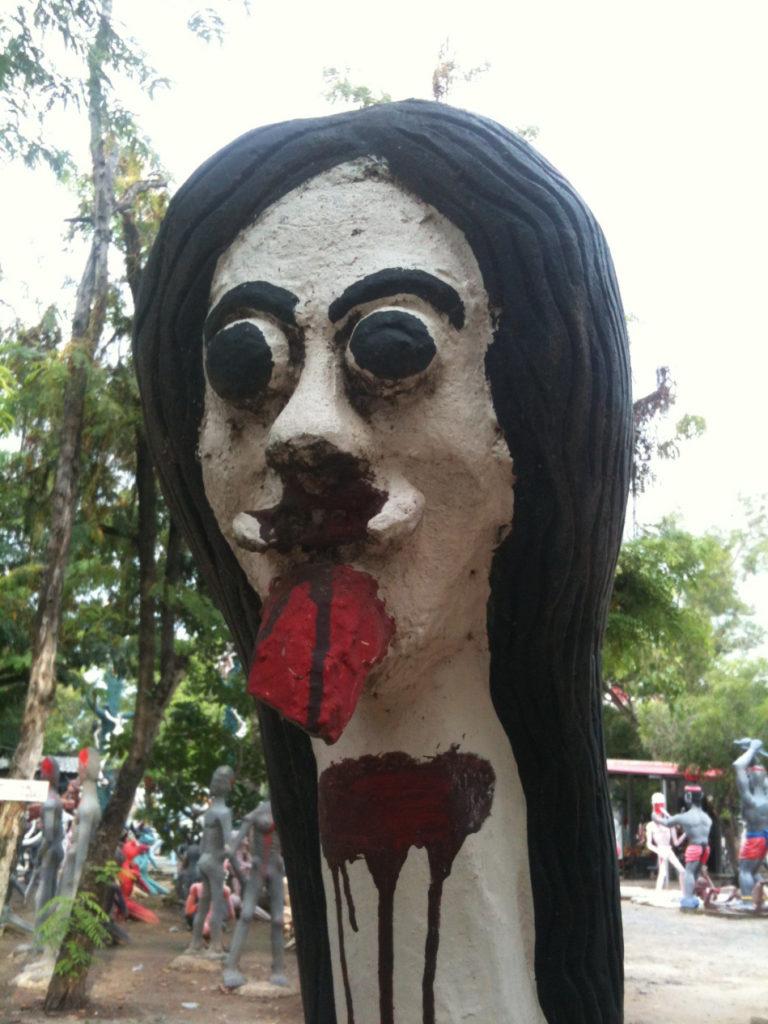Tour-Through-Buddhist-Hell - Suphanburi-Hell-Temple-38